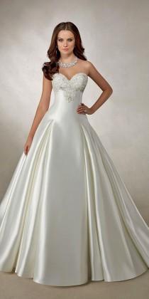 wedding photo - 18 Wedding Ball Gowns By Amelia Sposa & Ronald Joyce