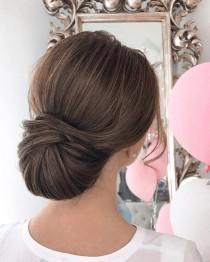 wedding photo - Sleek Wedding Hairstyle Inspiration May Just Be Perfect