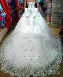 wedding photo - Top Seller!! 2016 Ball Gown Tulle Wedding Dress Luxury Crystals Cathedral Train Pearl Lace Wedding Dresses
