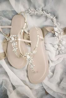 wedding photo - 24 Elegant White Wedding Shoes