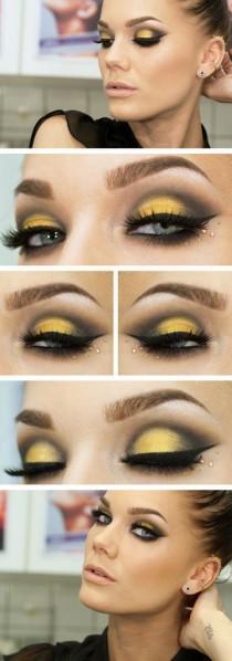 wedding photo - Yellow Eyelids