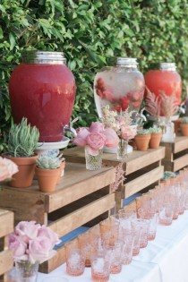 wedding photo - 40 Creative Wedding Drink Bar & Station Decor Ideas