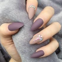 wedding photo - 36 Amazing Prom Nails For Your Special Day