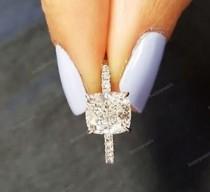 wedding photo - Engagement Ring