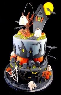 wedding photo - 20 Incredible Halloween Cakes That Are Deliciously Spooky!