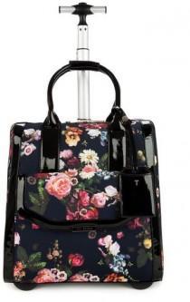 wedding photo - 10 Best Spring Handbags