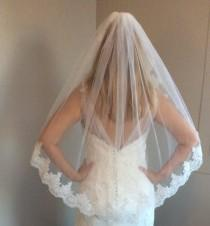 wedding photo - Bridal veil with comb, white veil, ivory veil, lace veil