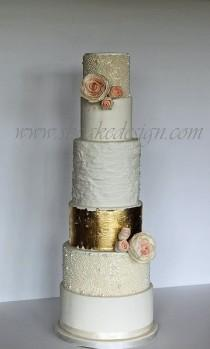 wedding photo - Gold Wedding Cakes