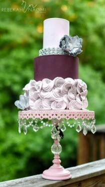 wedding photo - Mauve Wedding Cake