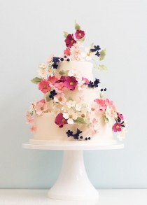 wedding photo - Tiny Flower Wedding Cake