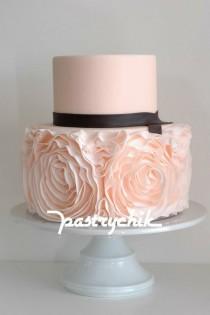 wedding photo - Amazing Cakes For Celebration
