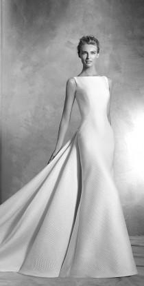 wedding photo - Pronovias Haute Couture 2016 Bridal Collection- Part 1