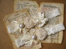 wedding photo - Ivory bridal garter, Keepsake Rustic wedding garter, Bridal garter set