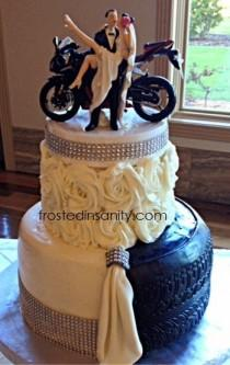 wedding photo - Cakes By Frosted Insanity