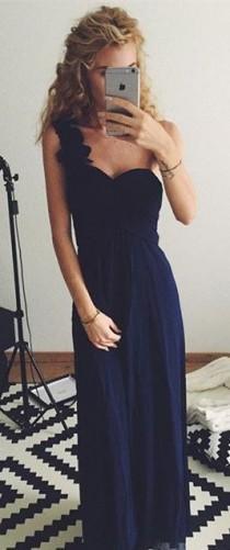 wedding photo - One Shoulder Navy Dress