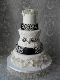wedding photo - Cakes Liked By Clarky's Cakes