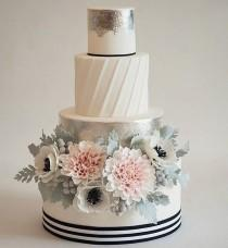 wedding photo - Silver Cakes