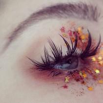 wedding photo - Shimmery Halloween Makeup