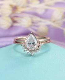 wedding photo - Moissanite engagement ring set Vintage Pear shaped cut Moissanite ring Solid 14K Gold Curved wedding women Bridal Jewelry Anniversary gift