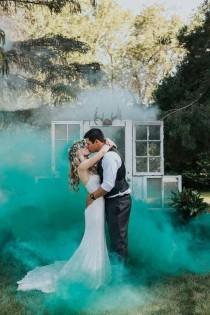 wedding photo - 18 Wedding Photography Ideas With Smoke Bombs
