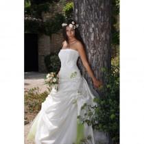 wedding photo - Les Mariées de Provence, Banon - Superbes robes de mariée pas cher