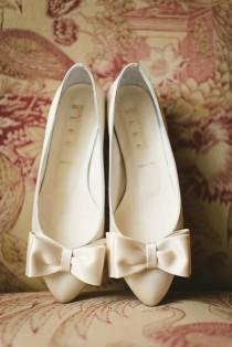 wedding photo - 20 Pretty Flats For Every Summer Bride