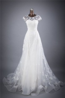 wedding photo - Vintage Flowing Floral Lacet A-Line Wedding Gown