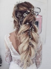 wedding photo - 65 New Romantic Long Bridal Wedding Hairstyles To Try