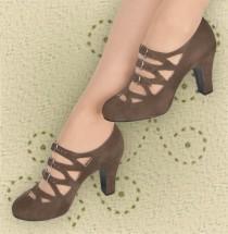 wedding photo - Aris Allen Women's Brown Velvet 1940s 3-Buckle Dance Shoes - *Limited Sizes