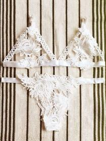 wedding photo - Lace Hollow Out Cami Bra Set