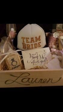 wedding photo - Personalized Bridesmaid Box