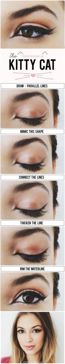 wedding photo - Cat Eyeliner Tips