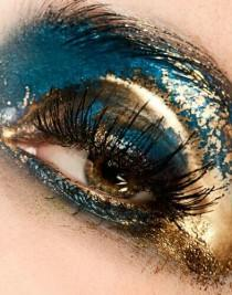 wedding photo - Gold And Blue Eyeshadow