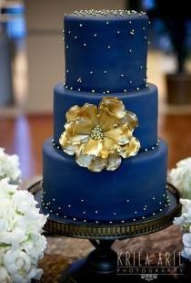 wedding photo - Navy And Gold Wedding Cake