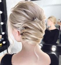 wedding photo - 30 Chic Wedding Hair Updos For Elegant Brides