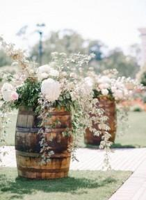 wedding photo - 80 Marvelous DIY Rustic & Cheap Wedding Centerpieces Ideas