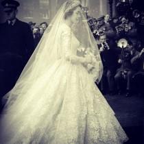 wedding photo - Susan Avery- Hair Flowers,and Hair Styles We Love
