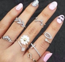 wedding photo - Tatoos & Jewelry