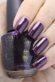 wedding photo - Gwen Stefani Holiday For OPI 2014 (grape Fizz Nails)