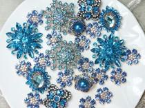 wedding photo - Lot 40 BLUE TONE Crystal Button Rhinestone Brooch Wedding Accessories Bouquet Supplies Wedding Invitation Decor Wholesale Brooches Pins DIY