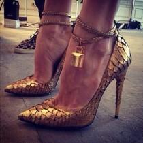wedding photo - Shoesss ♥
