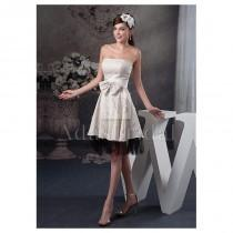 wedding photo - Marvelous Printed Cloth Strapless Neckline Knee-length A-line Homecoming Dresses With Bowknot - overpinks.com