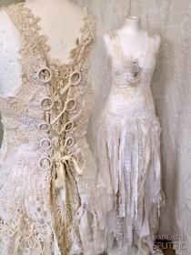 wedding photo - Boho Wedding dress tattered look , alternative wedding dress,beach wedding dress,wedding dress lace,beautiful bridal gown,Vintage inspired