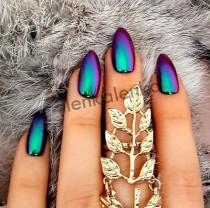 wedding photo - 15 Color Changing Nail Inspirations - Cool Nail Art Designs
