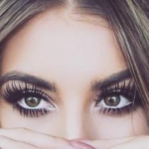 wedding photo - Eyelashes