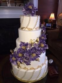 wedding photo - M And T Wedding Cakes