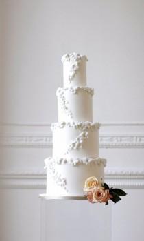 wedding photo - All White Wedding Cake