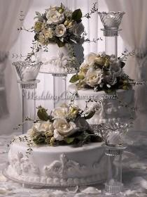 wedding photo - Cascading Cake