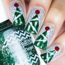wedding photo - 36 Cool Shimmering Christmas Nails