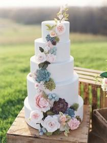 wedding photo - White Floral Cake